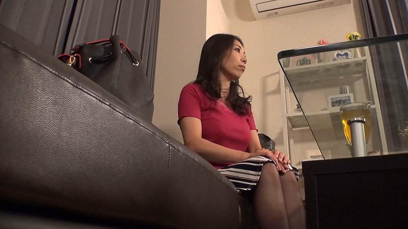 レズオイルエステで母乳が止まらないエロ画像6